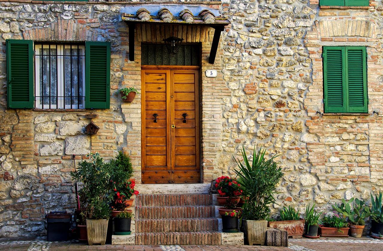 Comment fabriquer une porte d'entrée ?